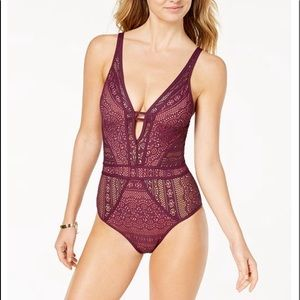 Becca Swimsuit size 8